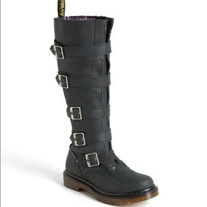 Dr. Martens Phina Boots